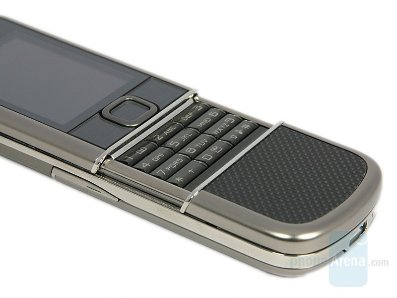 Blackberry 8800 Cell Phone – Luring Rich In-Tech Applications